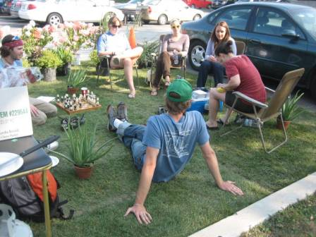 Looks like a great PARK(ing) Day, complete with chess set!